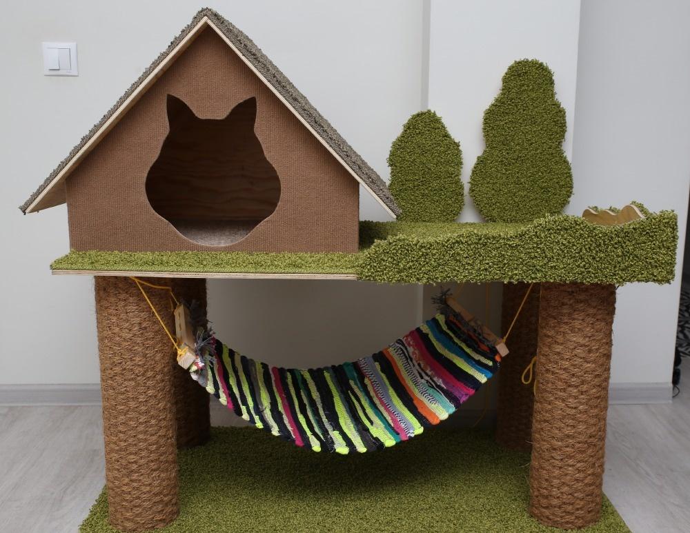 Домик для кошки: купить или сделать самому?