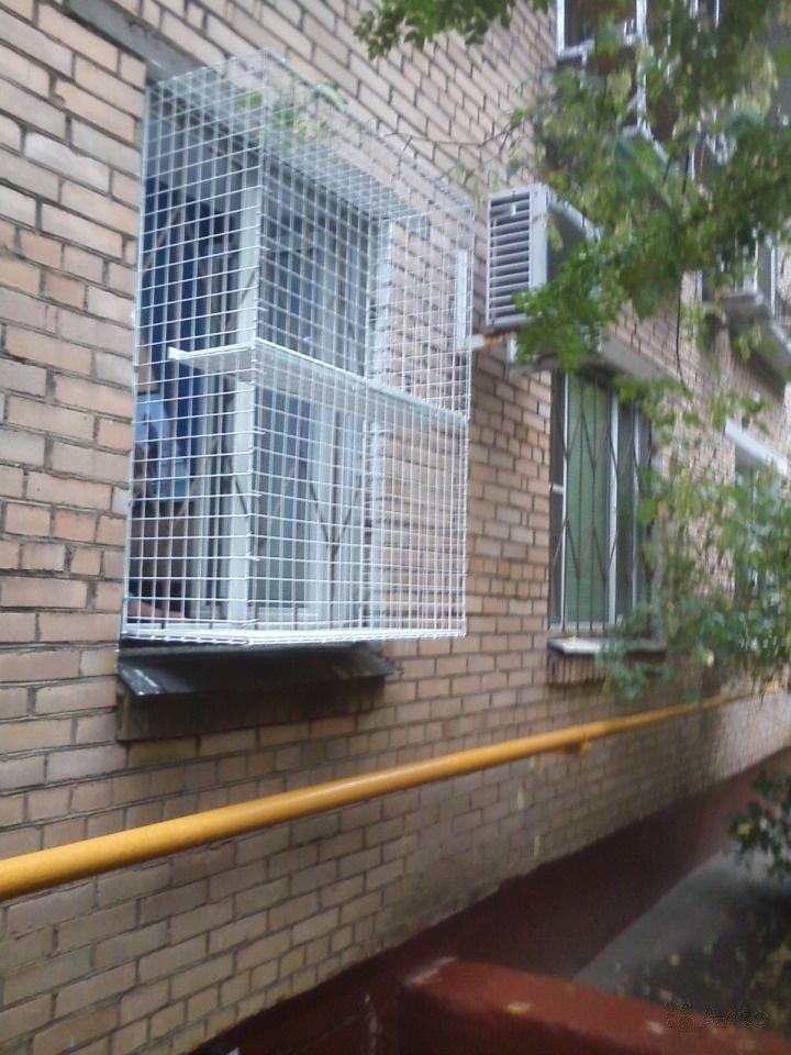Сетка на окно для кошек для защиты: как выбрать